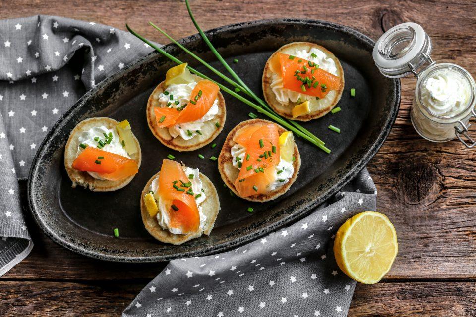 blinis saumon fumés et crème ciboulette