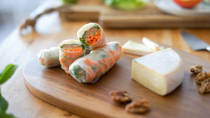 Recette rouleaux printemps saumon reblochon