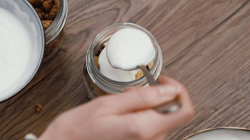 Parfait au fromage blanc et granola - Healthy Clemsy